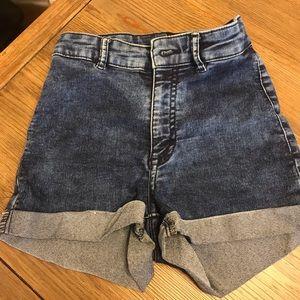 HM high waisted shorts
